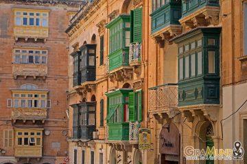 Balconi tipici a Malta